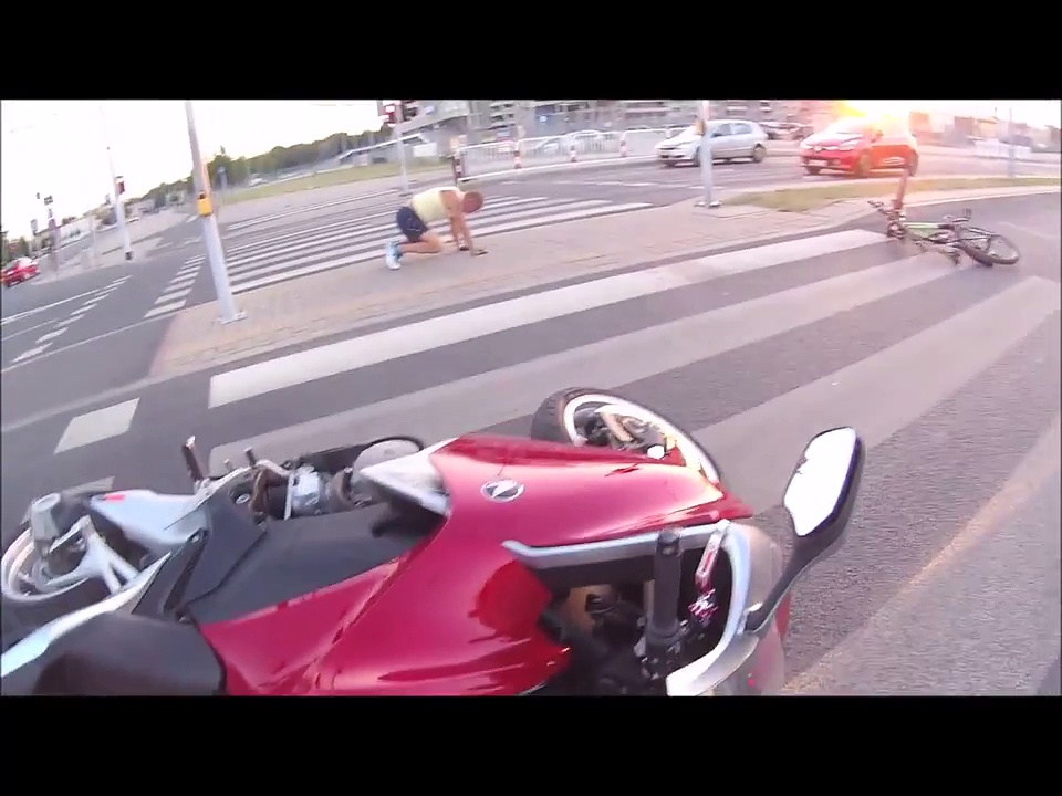 a terrible bike accident How to handle yourself after a motorcycle accident even the most careful motorcyclists sometimes become involved in accidents these unfortunate incidents can be costly, frustrating, and lead to severe injury or disability.